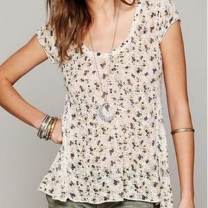 Free people floral top | size xs 🌻